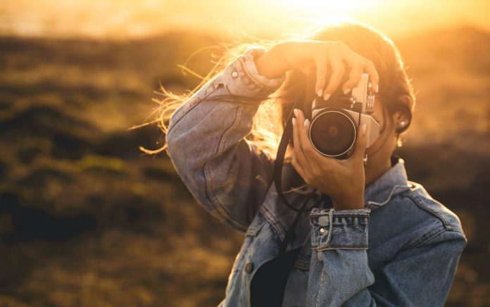 These 5 Sites Pay You to Take Pictures